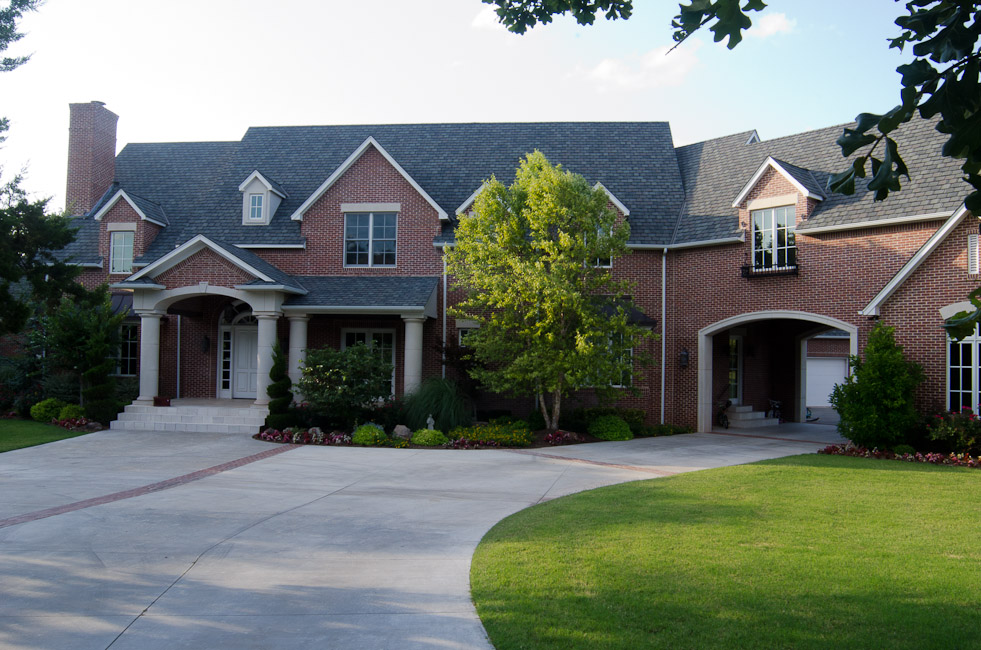 Top materials equal a quality custom home for Lee homes