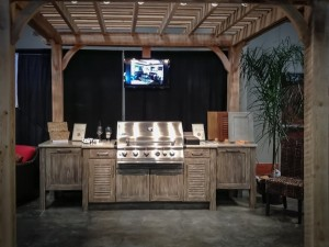 outdoor-kitchen-buffet