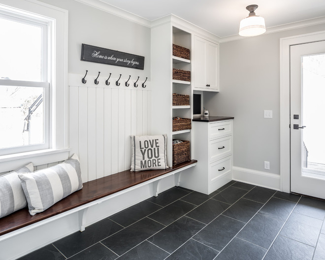 chris-lee-homes-mud-room-charging-station-heated-floor