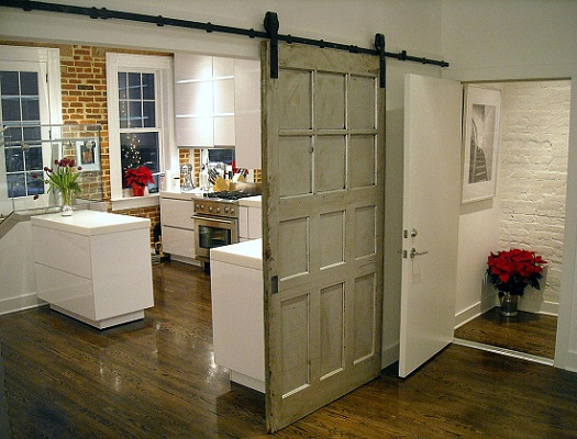 chris-lee-homes-driving-home-feature-designs-2016-rustic-barn-doors
