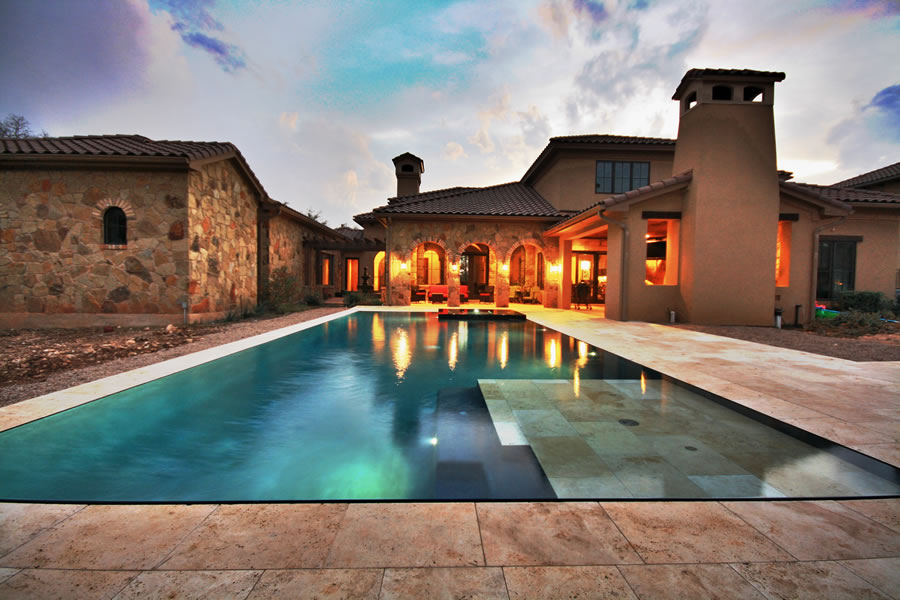 Trending Unique Pool Designs | Chris Lee Homes