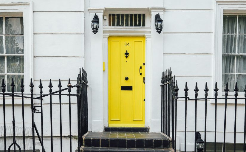 chris-lee-homes-bright-yellow-front-door